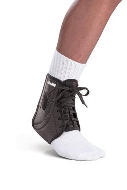 Mueller ATF2 Ankle Brace, Medium Black